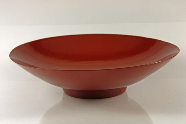 "Schale ""Yorokobi"" - Esche / h = 10 cm / Ǿ = 13,5 cm , Wandstärke: = 2 mm / Oberfläche = Washin-Urushi Kamakurarot / Preis: 500,00 €"