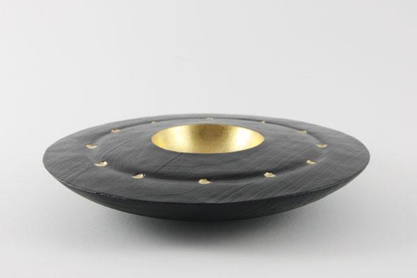 Wackelschale: Esche, 24 x 5,5 cm, gebrannt, schwarz lackiert, Einlassungen: Blattgold 24 Karat