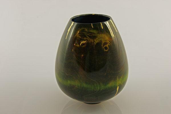 """Vase """"Artemis"""" - Wildkirsche (Prunus avium) / h = 14 cm / Ǿ = 11 cm / Risse im Kintsugi-Style mit Blattgold 24 Karat"""