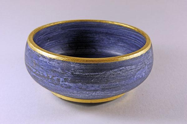 """Schale """"SMALTE"""" - Merantiholz / Maße: h = 7 cm / Ǿ = 16,5 cm / Wandstärke = 5 mm / Oberfläche: Smalte-Pigmentfarbe und Blattgold 24 Karat / Chestnut-Klarlack / Preis: 500,00"""