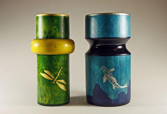 """Edel-Vasen """"Koi"""" und """"Libelle"""" - Birke / h = 23 cm / Oberfläche: Spiritus-Beizen / Koi: Blattgold 24 Karat / Libelle: Palladium / Preis für beide Vasen: 1.500,00 €"""