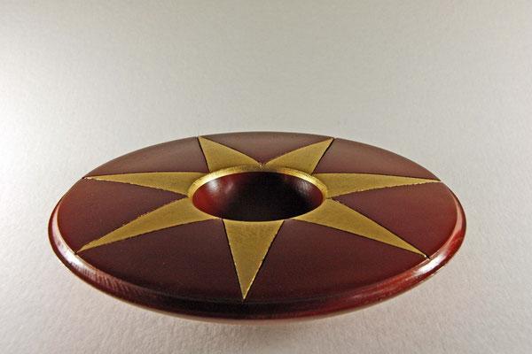 """Deko-Schale """"Siebenstern"""" - Esche / h = 5,5 m / Ǿ = 24,5 cm  / Oberfläche: - Urushi Lack Kamakura-Rot (7 Aufträge) - Blattgold, 24 Karat"""