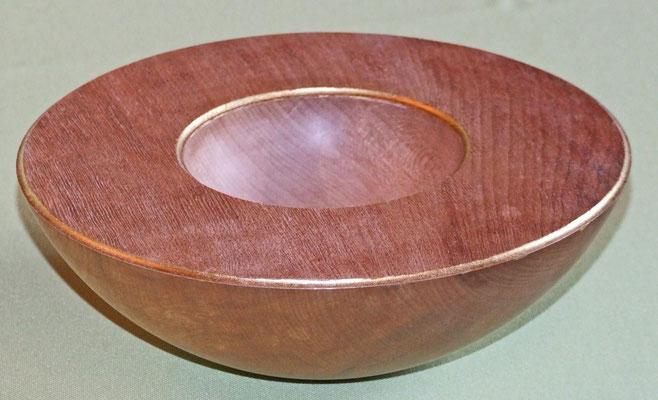 Schale: Weymuthskiefer, 20 x 7 cm, Einlassungen: Blattgold 24 Karat / Preis: 250,00 € (unverkäuflich)
