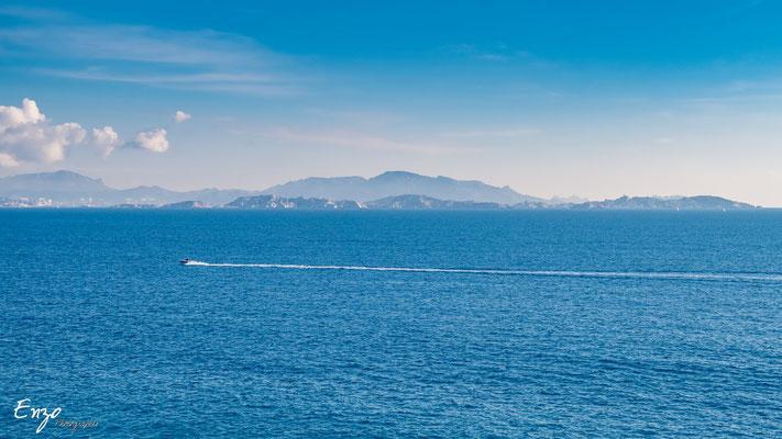 Marseille - dans la brume - île du frioul - 040