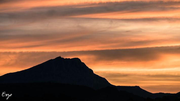 Aix en provence - Sainte Victoire - aube- sunrise - 011