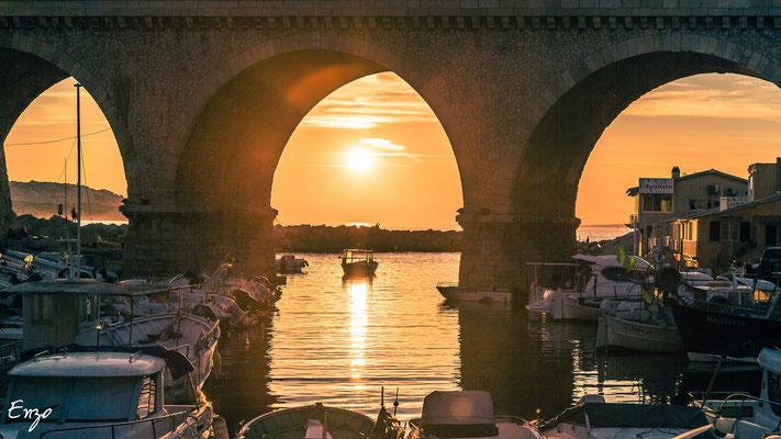 Marseille - Marseille - Vallon des Auffes au coucher du soleil - 067