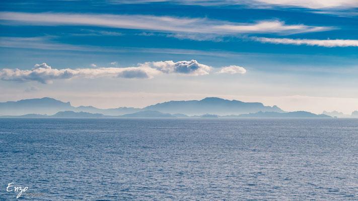 Vue sur Marseille depuis le Sentier des douaniers cote bleue Ensues la redonne Niolon Martigues