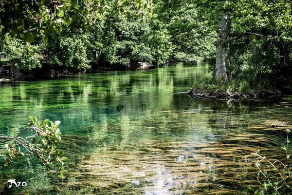 Photographie de la rivière verte de La fontaine du vaucluse - Enzo Fotographia - Enzo Photographie