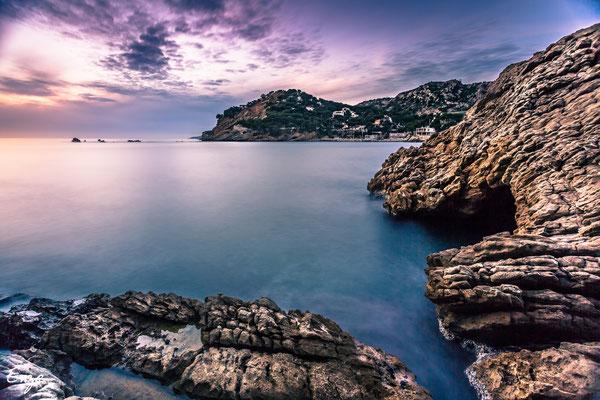 Marseille - Calanque  de Méjean au coucher du soleil - 043