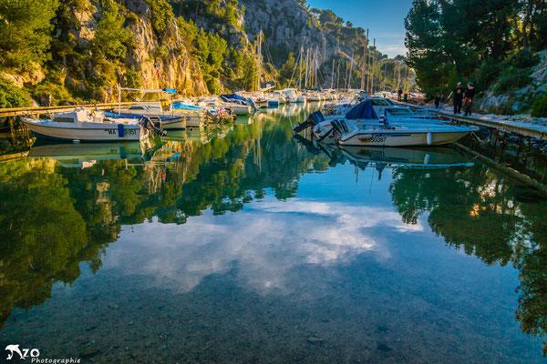 Port miou dans les calanques de Marseille près de Cassis