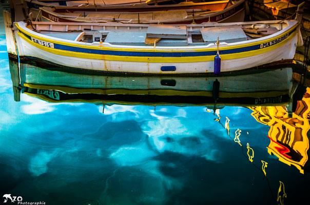 Pointu dans le port de Cassis, village de pécheur près de Marseille