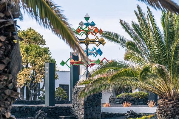 Maison musée de César Manrique sur l'ile de Lanzarote aux Canaries Espagne Lave Volcan Cactus