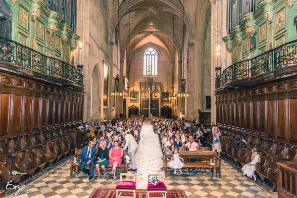 Photographie Mariage Couple Eglise Aix en provence - Enzo Fotographia - Enzo Photographie
