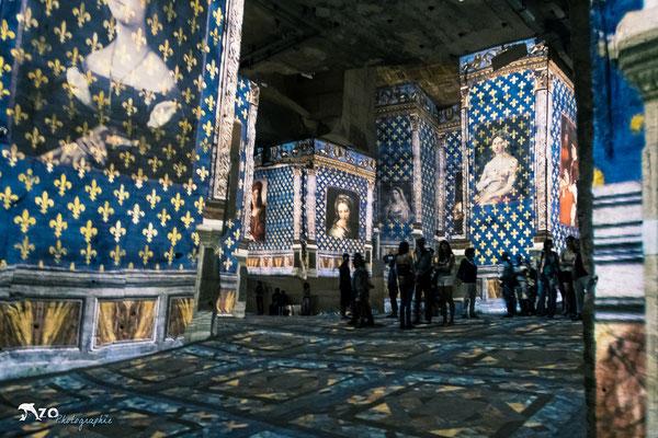 Abbaye de Sainte Croix  - Les baux de provence - Carrières de lumière