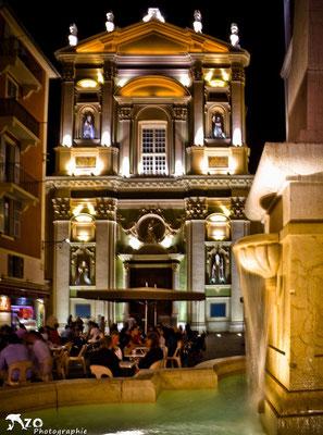 Place Rossetti et ses Glaces