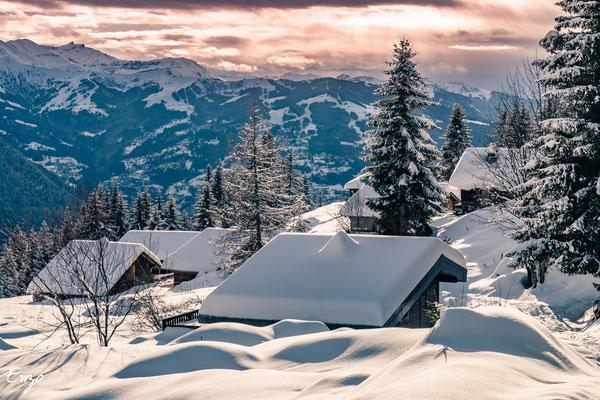 Vallée de chamonix - chalet sous beaucoup de neige