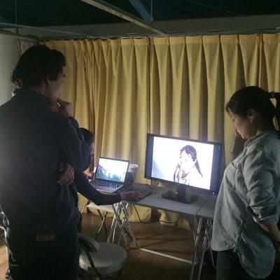 この日も世良田さんのご友人、カメラマンのさとこちゃん、荒井 隆之さんがアシストしてくださいました。