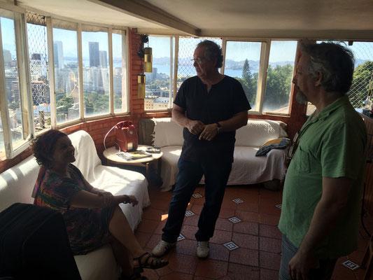 エンジニアのCarlinhos、奥さまで歌手のValéria Lobão、そしてプロデユーサーのCelsinho Silva...!