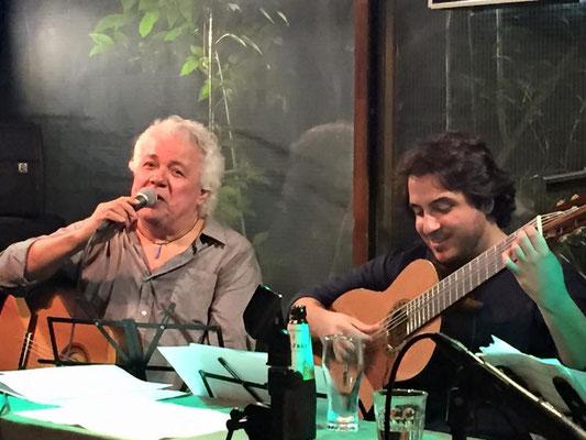 João Lyraさんとはこれまでに何度かご一緒させていただいていますが、 今回、一番気持ちが通じた気がします。ステージでの音楽の会話が増えて嬉しかった。  懐深いJoãoさんに感謝です。