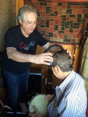 今年で85歳を迎えるジョルジーニョ。息子さんのセウシーニョがいろいろと助けています。