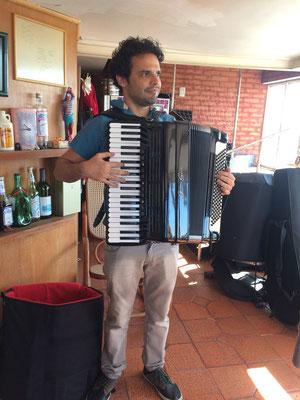Marcelo Caldi、実はコーラスグループで来日したことがあるそうです