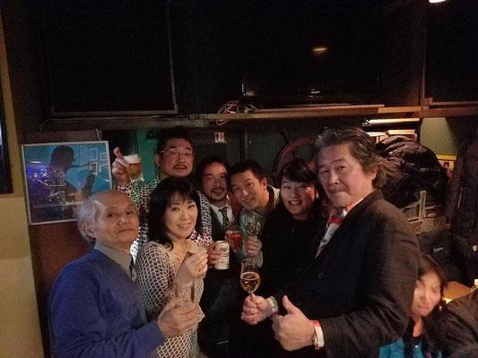 これは翌日の横浜でのライブ時。尚美さんのライブに1曲歌わせていただき、余韻をかみしめていました!