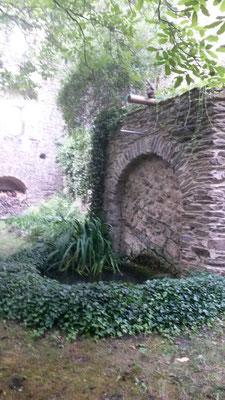 Innenhof Burg Maus