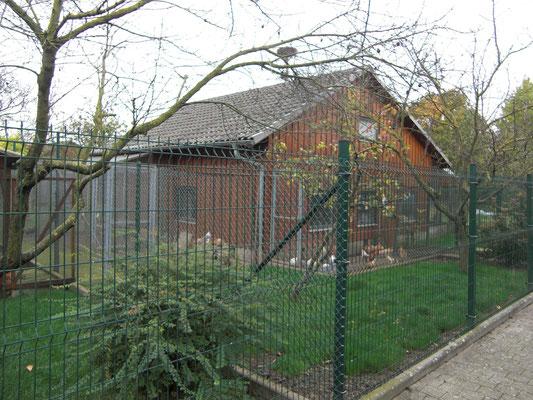 Beeindruckend die Grundfläche der Häuser in der Anlage, 8 Meter x 8 Meter !
