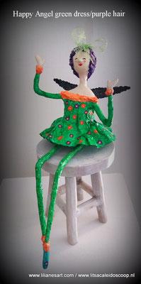 Happy Angel Spring groene jurk met allerlei bloempjes, bijbehorende lampenkap