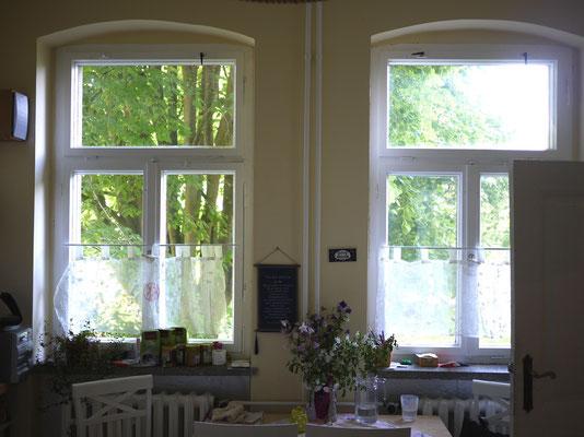 In der Küche, dem heimlichen Herzstück des Hauses