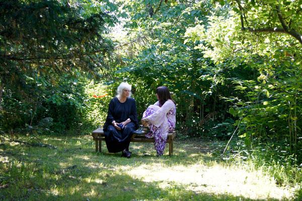 Mit Schamanen Freundin Sophia Peters