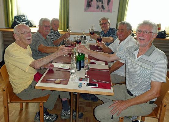 Mittagessen:  Mex, Zingg, Patsch, Vento, Flash, Pegel.