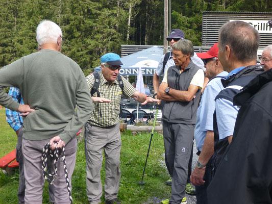 Piper erklärt die Geologie des Alpsteins: Contra, Pegel, Radi, Patsch, Ready, Strotz