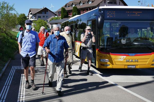 Bus Marthalen:  Ausstieg