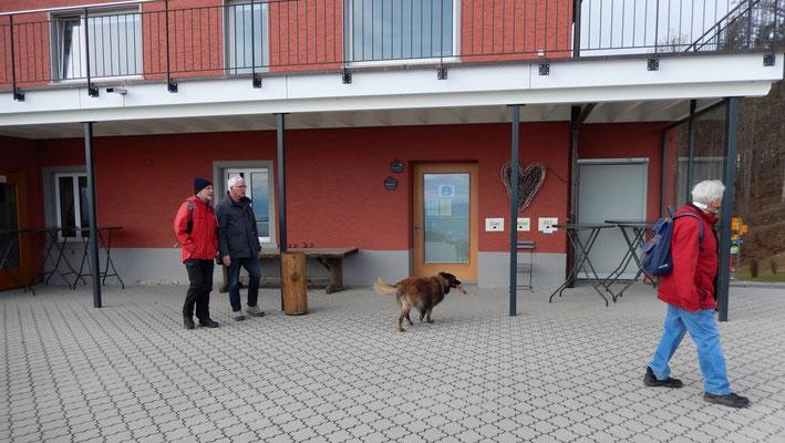 Restaurant Felsenegg: Clapf, Contra, Samantha, Patsch