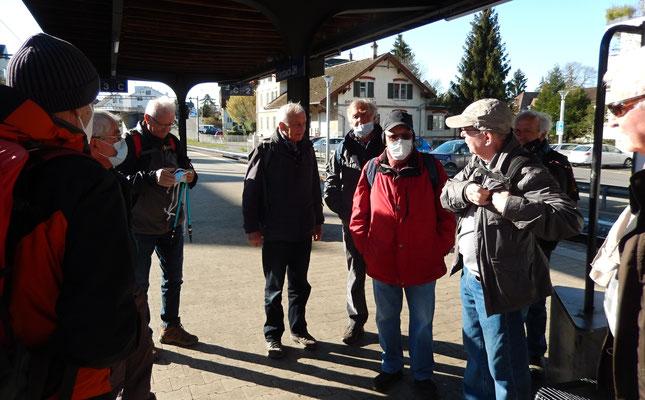 Ankunft & Begrüssung Bahnhof Erlenbach