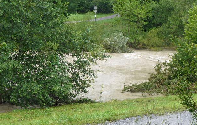 Töss mit Hochwasser
