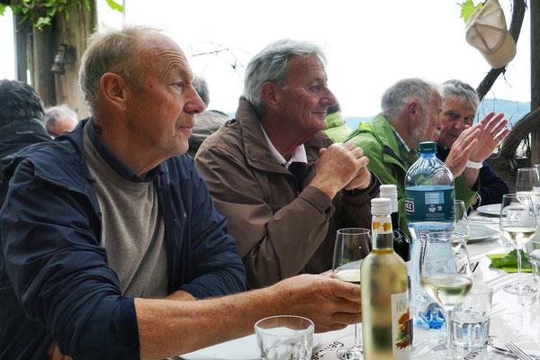 Vino, Skal, Schodä, Schwall