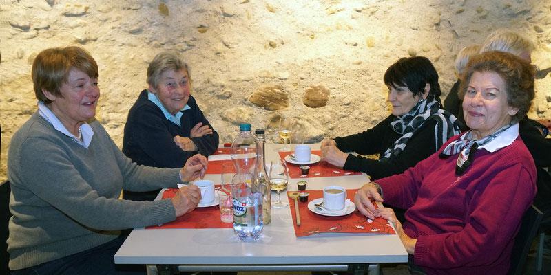 Dorothe, Susi, Suzanne, Leonore