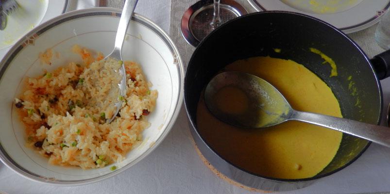 Mittagessen - Reis mit Erbsen und Weinbeeren & Pouletgeschnetzeltes an Currysauce