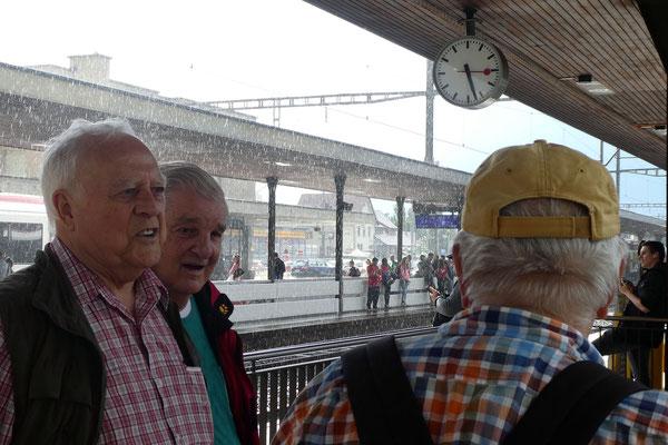 Lenzburg: Fly, Lux und Chnopf