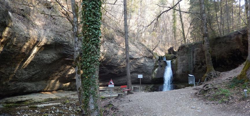 Wasserfall im  Chämtner Tobel