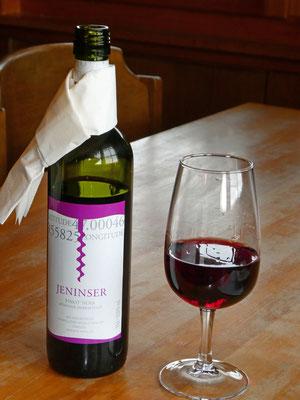 Jeninser Pinot Noir
