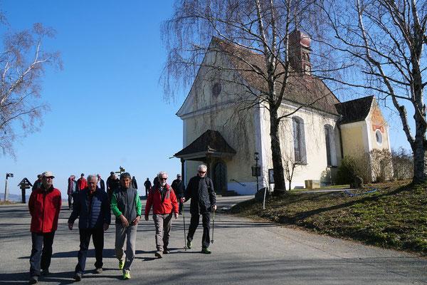 Kirche Klingenzell:  Pröschtli, Fiasco, Radi, Vampir, Pegel