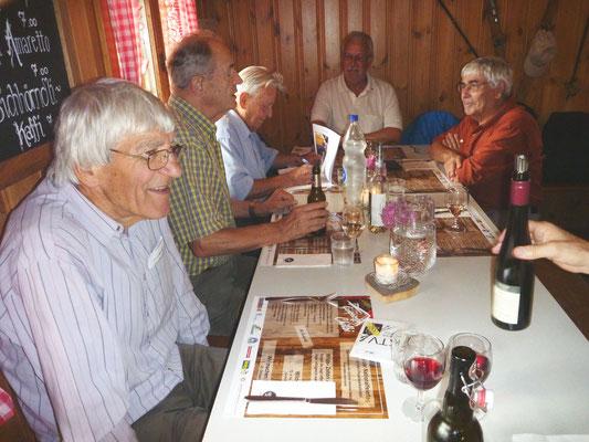 Am Mittagstisch: Wurf, Dandy, Patsch, Zingg, Tuba