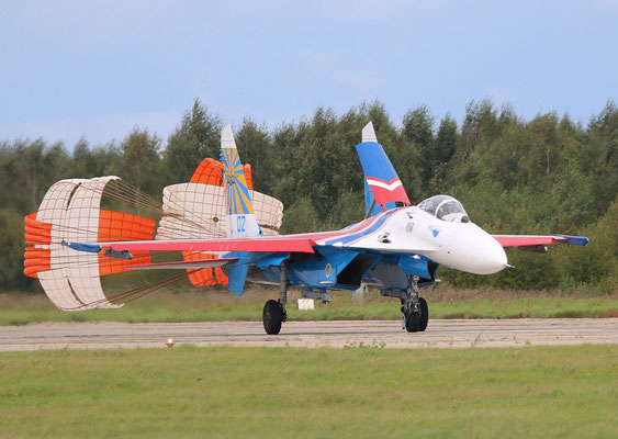 "SU 27P  "" 02 ""  Russian Knights / Russian Air Force -5"