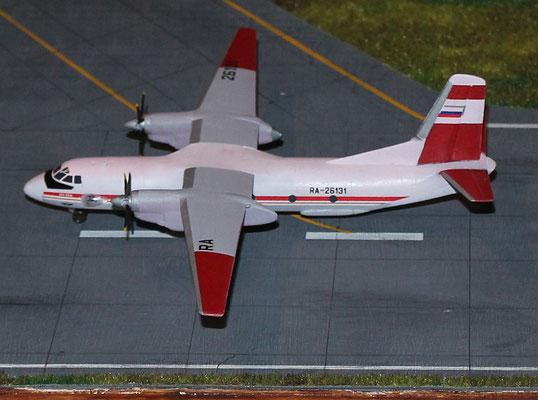 """AN 26B """" RA-26131 """" Aeroflot  Eastern Express  1/144-5"""
