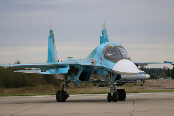"SU 34 "" 15 ""  RF-95848   Russian Air Force -6"