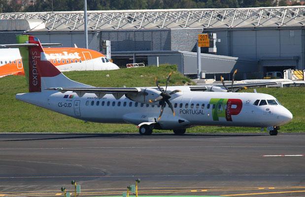 """ATR 72-212A (600) """" CS-DJD """"  TAP Express -3"""