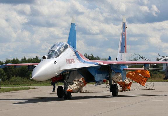 "SU 30SM "" 31 ""  RF-81702 Russian Air Force / Russian Knights -3"